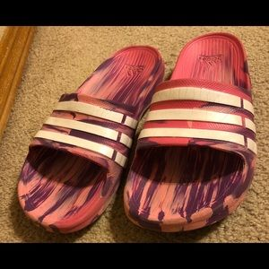 ADIDAS Sandals I'm Saying Size 6. COLORFUL 💖